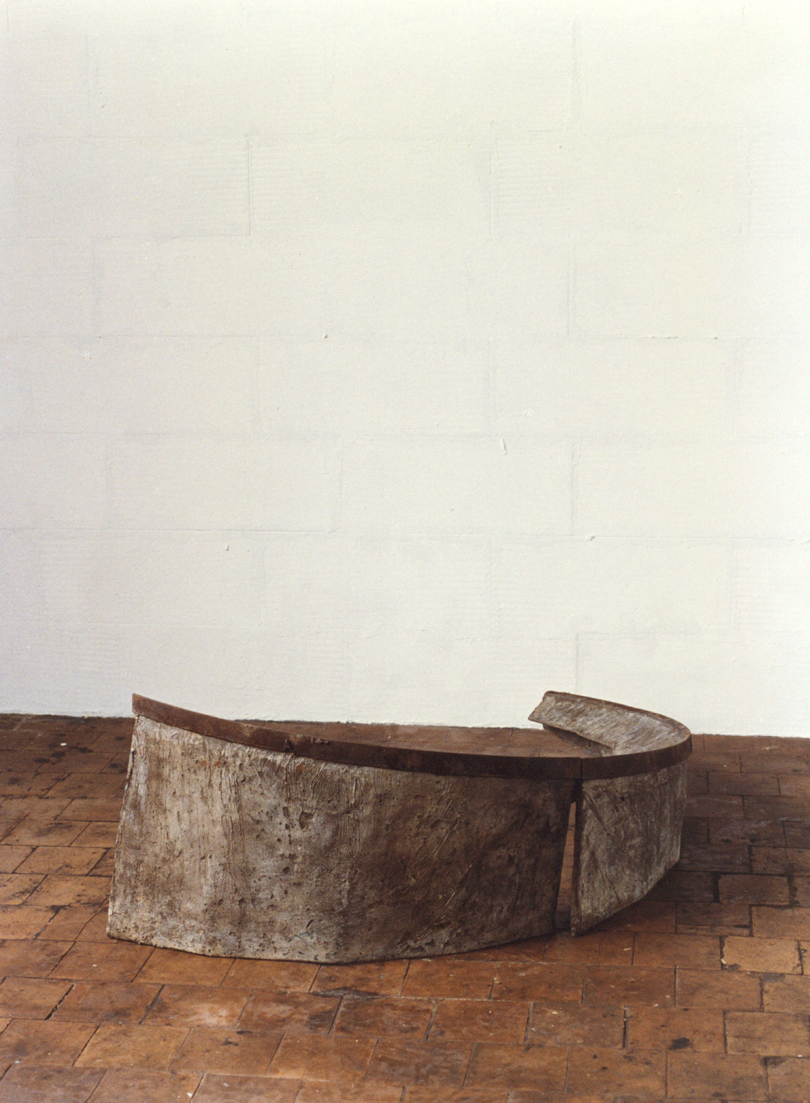 1989-z.t.-aluminiumcement, staal, 130x45x70cm