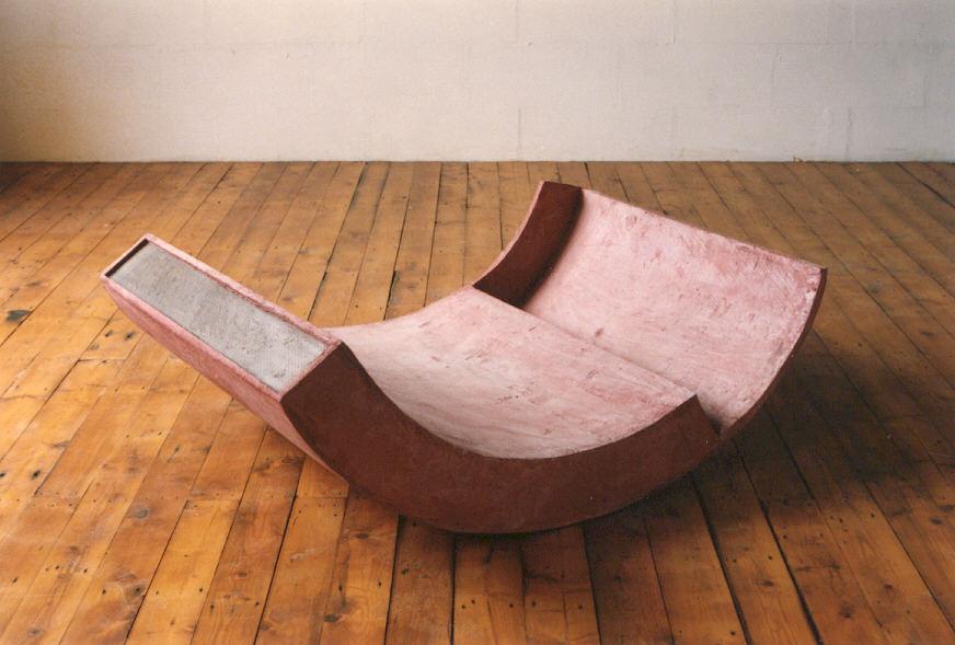 1990-aqua 9, cement, staal, 118x88x44cm