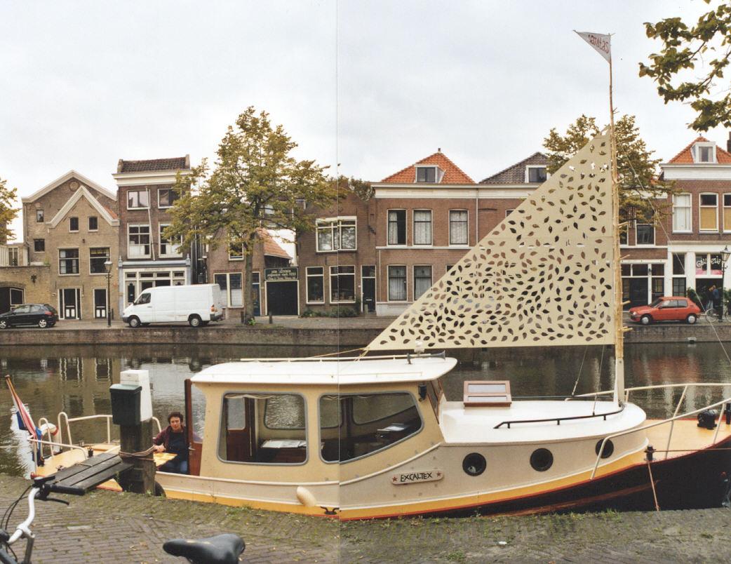 2002-Het najagen van wind- i.s.m. Pim van Halem, hout, mdf, lak, 400x350cm, Korte Haven, Schiedam