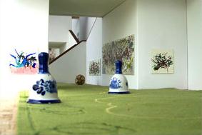 2006-project oneindige tuin1, i.s.m. Pim van Halem, vloerkleed 240cmx50cm, diverse materialen, Museum Hudson, Rotterdam