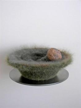 2008-Bons, porselein, wol, aardewerk, 11x25 cm