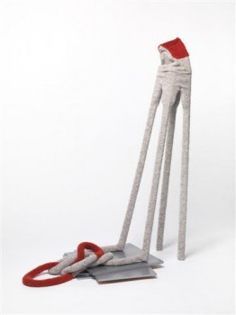 2009-Mea culpa, wol, hout, 114x57x63 cm