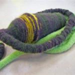 2010-wortelen, wol om touw en aardewerk-detail