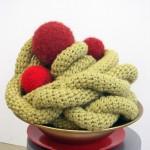 2012-Bonbon 1, wol, porselein, 40x35cm