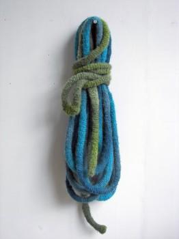 2012-zonder titel, wol, 90x25x20cm